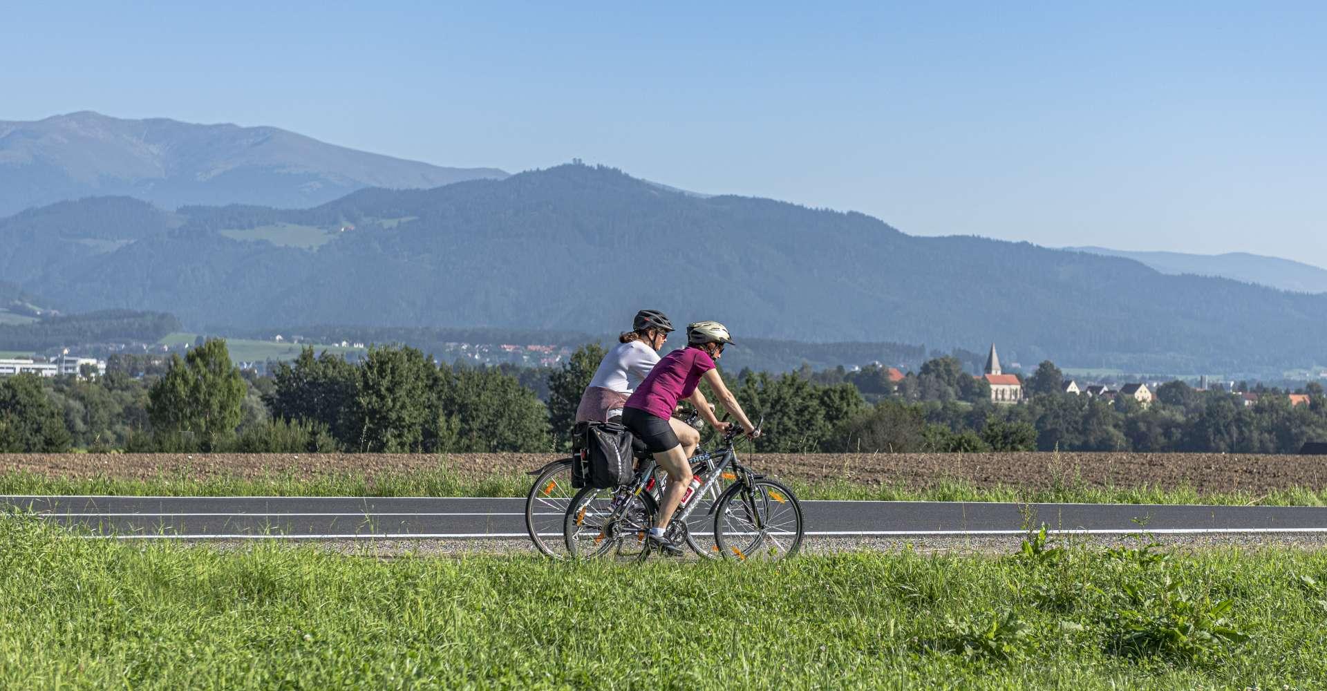 <p>Fotoshooting Murradweg Großlobming, Apfelberg</p> Copyright: